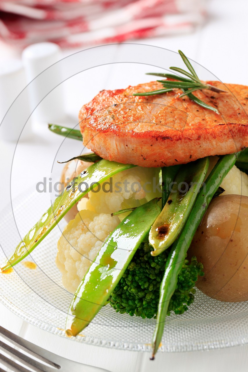 Marinated pork chop with vegetables