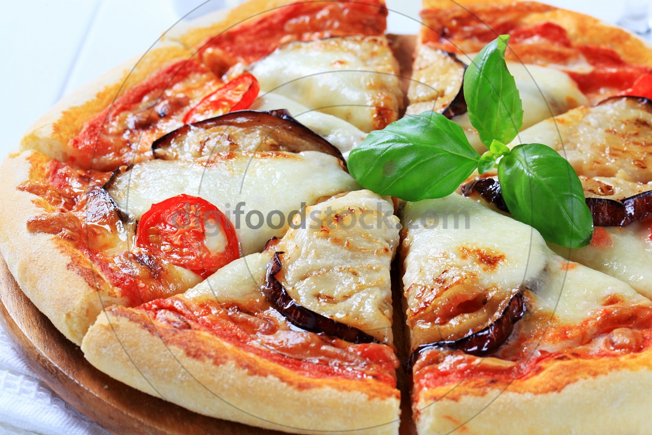 Eggplant and cheese pizza