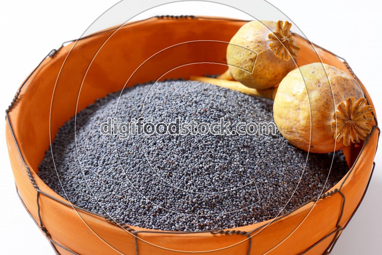 Whole poppy seeds